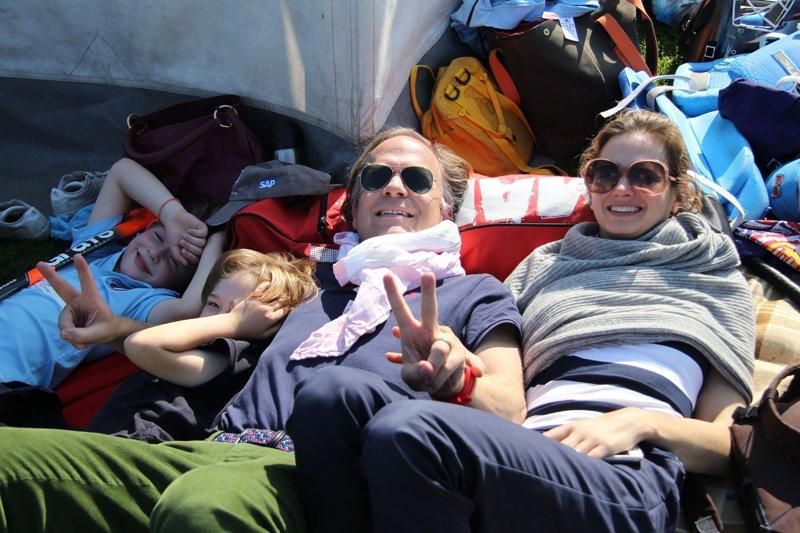Picknick am Zelt - Patrick hatte die Decken ausgebreitet